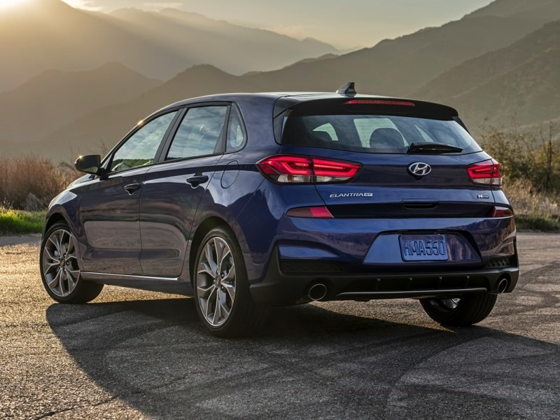 2020 Hyundai Elantra GT Preferred OEM Shot 3