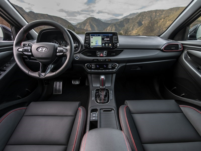 2020 Hyundai Elantra GT Preferred OEM Shot 5
